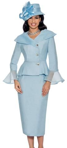 Elegant women church suit Made in silk twill and organza trim Features wide collar with peplum jacket Rhinestones buttons, classic straight skirt Perfect women skirt suit for any church function Giovanna Suits Spring Catalog 2018 Women Church Suits, Suits For Women, Roaring 20s Dresses, Slim Fit Suits, African Dress, Trousers Women, Cool Suits, Peplum Dress, Skater Dress