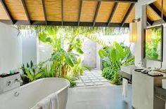 The indoor / outdoor bathroom.