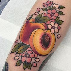 It's my apprentice @stephanie_melbourne's birthday today!!  so as a birthday present I tattooed these peaches on her leg in memory of her cat, Peaches!  everyone go follow her and wish her a happy birthday!!