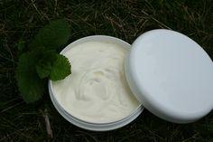 Crème pour les pieds à la menthe