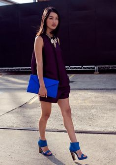 what color goes with cobalt blue (outfit ideas) (6)