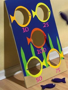 Crafts n' things Weekly - fish bean bag toss game(Diy Pour Enfant) Kids Crafts, Diy And Crafts, Wood Crafts, Toddler Activities, Activities For Kids, Painting Activities, Fish Games For Kids, Motor Activities, Bag Toss Game