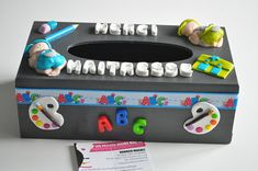 Thank you teacher text customizable wooden tissue box possibility of the child's name Dimensions: x x 13 cm Fell free to visit my shop mag hands ' ic Thanks Teacher, Teacher Thank You, Your Teacher, Diy Couture Cadeau, Diy Cadeau Maitresse, Diy Crayons, Diy Gifts, Handmade Gifts, Tissue Boxes