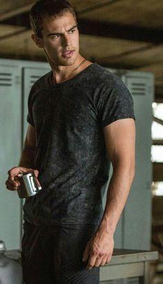 Still from Divergent