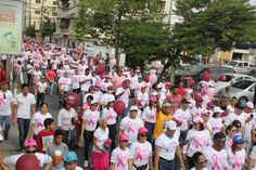 Cientos de personas marchan contra el cáncer en San Francisco de Macorís