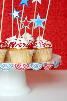 4th of july party cupcake skewers