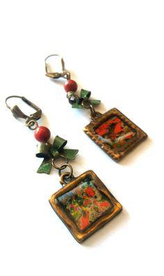 Pendientes de estilo Vintage, elaborado en Resina y piedras naturales, montados en bronce antiguo, antialérgico.
