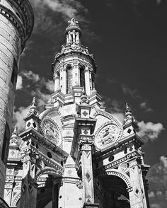 """""""Chambord ⏳ @timeisapicture  Canon 6d Lens 50mm #chambord #castle #past #monument #architecture #roadtrip #travel #traveler #traveling #travelgram #travelblog #travelphotography #photo #photography #photographer #photogram #photooftheday #photographylovers #passion #canon6d #50mm #discover #escape #timeisapicture #moment"""" by @itistimetosmilee. #fslc #followshoutoutlikecomment #TagsForLikesFSLC #TagsForLikesApp #follow #shoutout #followme #comment #TagsForLikes #f4f #s4s #l4l #c4c #followback…"""