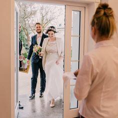 Nawet deszczowa pogoda nie byla w stanie zdjac Mlodym usmiechow z twarzy ❤❤❤ #amkowalczyk #fotografiaszczescia #wedding #weddings #weddinginspiration #engaged #weddingideas #bride #love #weddingdress #weddingphotography #justmarried #polishgirl #powiedzialamtak #weddingday #weddingphotographer #zareczyny #patrzcieslubne #weddingparty #narzeczona #engagement #narzeczony #instawedding #gdansk #weddingmakeup #weddingphoto #władysławowo #wladyslawowo #gdańsk #married…