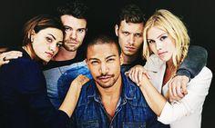 Hayley / Phoebe Tonkin, Elijah / Daniel Gillies, Klaus / Joseph Morgan, Rebekah / Claire Holt, and centered: Marcel / Charles Michael Davis. the originals cast | Tumblr