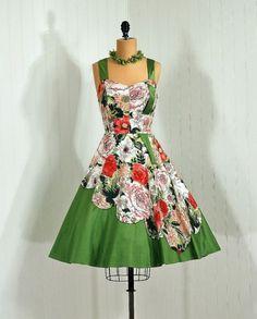 1950s dress via Timeless Vixen Vintage - cascading roses