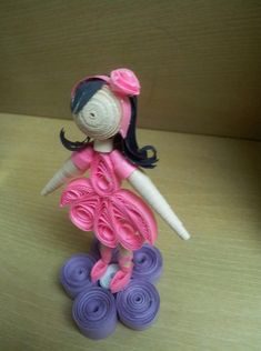 Quilling Doll - So cute, but I'm sorry that the quiller is unknown.