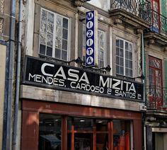 Casa Mizita by Jorge Lens, via Flickr