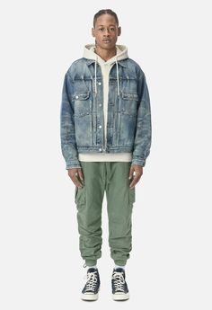 Denim Cargo Pants, Jogger Pants, Cool Outfits, Casual Outfits, Men Casual, Fitness Transformation, Transformation Quotes, Streetwear Fashion, Menswear