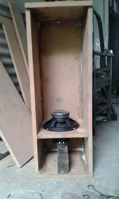 Making Audio Active Bass Speaker system using power amplifier and preamplifier Subwoofer module 4558 for bass enhancher and filter. Pa Speakers, Speaker Design, Speaker System, Bass, Audio, Projects, Dyi, Electronics, Klipsch Speakers