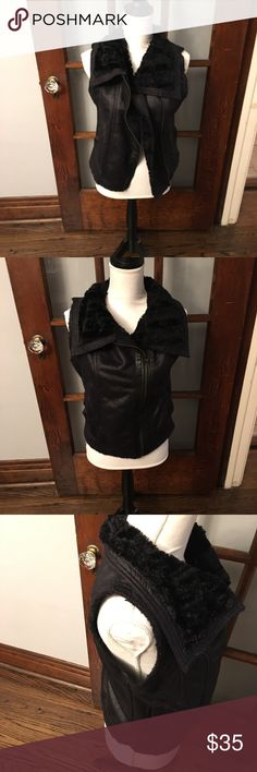 Faux Fur Side Zip Warm Vest Faux fur vest on trend and ready to layer this cold season! Throw this on top of a flannel shirt or over a dressy blouse! In excellent condition. No rips or stains! Olive & Oak Jackets & Coats Vests