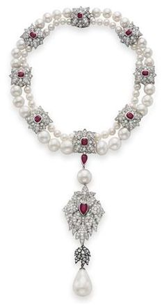 La Pérégrina – The Legendary Pearl  Diamond Ruby and Pearl necklace features an early 16th century 203-grain pearl, once part of the crown jewels of Spain. Personally designed by Taylor, the piece was a gift from Richard Burton, January 23, 1969. Estimate: $2,000,000 – $3,000,000