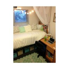 New York Prepster Liked On Polyvore Featuring Dorm Bed Canopy Room Bedding