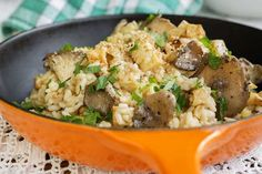 Risotto met knolselder en paddenstoelen · EVA  http://www.evavzw.be/recept/risotto-met-knolselder-en-paddenstoelen