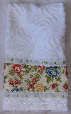*Lengthen towel with trim. Dish Towels, Hand Towels, Tea Towels, Quilt Patterns, Sewing Patterns, Sewing Crafts, Sewing Projects, Embroidered Towels, Linens And Lace