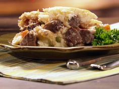 Get this all-star, easy-to-follow Food Network Shepherd's Pie recipe from Paula Deen.