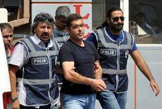 15/07/2013 16:55  Ali İsmail Korkmaz'ın katil zanlısı serbest bırakıldı Eskişehir'de Gezi olayları sırasında darp edilerek öldürülen Ali İsmail Korkmaz'ın katil zanlısı olarak gözaltına alınan S.K.' tutuksuz yargılanmak üzere serbest bırakıldı.