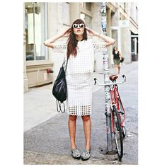 NATALIE SUAREZ - NATALIE OFF DUTY NYC BLOGGER #emmetrend #fashion #blogger #fashionista #streetchic #streetlook #streetwear #moda #inspiration #nataliesuarez #natalieoffduty