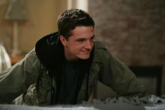 Hunger Games' Josh Hutcherson To Star In Psychological Thriller Ape Josh Hutcherson, The Forger Movie, Hunger Games, Nashville Star, The Mysterious Island, Aaron Taylor Johnson, Carmel By The Sea, Still In Love, Book Tv