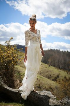 Marie Laporte Long dress in silk chiffon and Calais lace. Lace Beach Wedding Dress, Country Wedding Dresses, Wedding Gowns, White Boho Dress, White Lace, Maxi Dress With Sleeves, Lace Dress, Maxi Dresses, Lace Chiffon