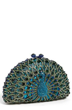 Tasha 'Peacock' Clutch Purse ___ Available at Nordstrom's Department Store Peacock Purse, Peacock Colors, Peacock Art, Peacock Feathers, Beaded Purses, Beaded Bags, Fashion Bags, Fashion Accessories, Ideas Joyería