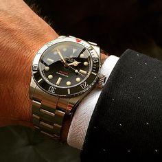 いいね!1,100件、コメント23件 ― Tempus Machina Watch Companyさん(@tempusmachinawatch)のInstagramアカウント: 「There's never a wrong time for cleaning up. - The Ref 216A Red Depth Submariner. The only modern…」