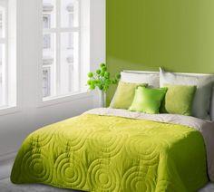 Zeleno-béžový prehoz Alisa je dostupný v troch rozmeroch: 170x210, 220x240 alebo 230x260 cm.