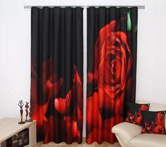 Zasłony na okna koloru czarnego z czerwoną różą