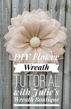 Burlap Flower Wreaths, Burlap Flowers, Deco Mesh Wreaths, Diy Flowers, Wreath Crafts, Diy Wreath, Flower Crafts, Snowman Wreath, Burlap Crafts