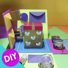 Simply the most creative gift for your love 🎁 By: mandadicas gifts for boyfriend birthday videos DIY EXPLODING BOX 🎁🎉 Birthday Gifts For Boyfriend Diy, Creative Gifts For Boyfriend, Cute Boyfriend Gifts, Diy Projects For Boyfriend, Boyfriend Ideas, Diy Gift Box, Easy Diy Gifts, Diy Crafts For Gifts, Diy Gifts For Grandma