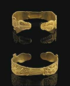 An Ostrogothic gold bracelet. Migration period, circa late 5th-early 6th century A.D.