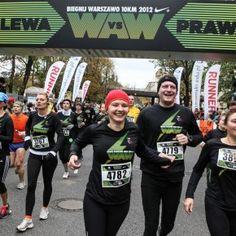 Przygotowana przez Nike kampania Lewa vs. Prawa towarzysząca tegorocznej edycji imprezy Biegnij Warszawo miała zachęcić do rywalizacji biegaczy mieszkających po obu stronach Wisły.  http://blog.ruszamysie.pl/jedno-miasto-dwa-brzegi-12-tysiecy-biegaczy-i-ponad-22-tysiace-przebiegnietych-kilometrow/