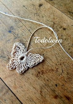 Todolwen:  free pattern for crocheted Butterfly