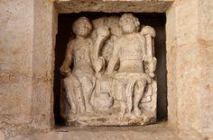 Vitteaux (Côte-d'Or) - Office de tourisme - Couple de divinités dit couple Edueen (1er-3iéme s après JC)