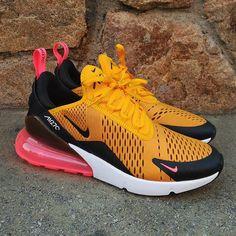 "Nike Air Max 270 ""Black University Gold"" Size Man - Precio: 14990 (Spain & Portugal Envíos Gratis a Partir de 99) www.loversneakers.com #loversneakers#sneakerheads#sneakers#kicks#zapatillas#kicksonfire#kickstagram#sneakerfreaker#nicekicks#thesneakersbox #snkrfrkr#sneakercollector#shoeporn#igsneskercommunity#sneakernews#solecollector#wdywt#womft#sneakeraddict#kotd#smyfh#hypebeast #nikeair #airmax #airmax270"