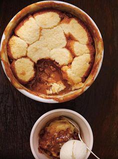 Warm Caramel and Pecan Pudding Cake | Ricardo