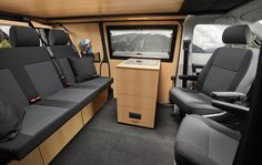 30 Liter Kühlschublade im Custom-Bus Multi Vw T5 Kombi, Vw Minibus, Volkswagen, Camping Vans, Van Camping, Bus Interior, Campervan Interior, Interior Design, Bus Camper
