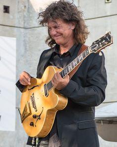 Pat and his Slaman Guitar.