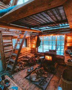 50 Best Tiny House Design Ideas – Home/Decor/Diy/Design Winter Cabin, Cozy Cabin, Cozy Cottage, Cozy House, Cozy Winter, Cabin Design, Tiny House Design, Design Homes, Cottage Design