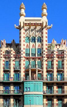 Casa Xina (Casa Ferran Guardiola) Architect: Joan Francesc Guardiola i Martínez. Barcelona, Spain