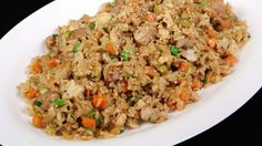 Chicken fried rice is one of the menus that you can serve to anyone, any time! My chicken fried rice recipe is healthier because I'm using brown jasmine ric Beef Salad, Grilled Chicken Salad, Chicken Rice Soup, Fried Chicken, Tapenade, Tofu Recipes, Healthy Chicken Recipes, Korean Recipes, Sin Gluten