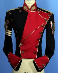 Tomislav would absolutely wear this Beautiful Outfits, Cool Outfits, Fashion Outfits, Michael Jackson Outfits, Military Costumes, Vintage Military Uniforms, Military Looks, Military Style, Military Jacket