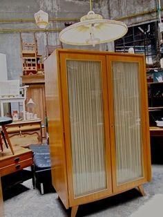 50ies Kleiderschrank *MUSTERRING* von KONSUM auf DaWanda.com