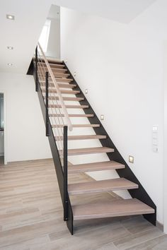 HPL Treppe kaufen: Treppenhersteller Treppenbau Voß. - Treppenbau Voß