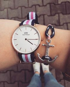 Today\u0027s look courtesy of @_jennyrenner_ wearing the Coral Pink bracelet.  Tag tomhope for